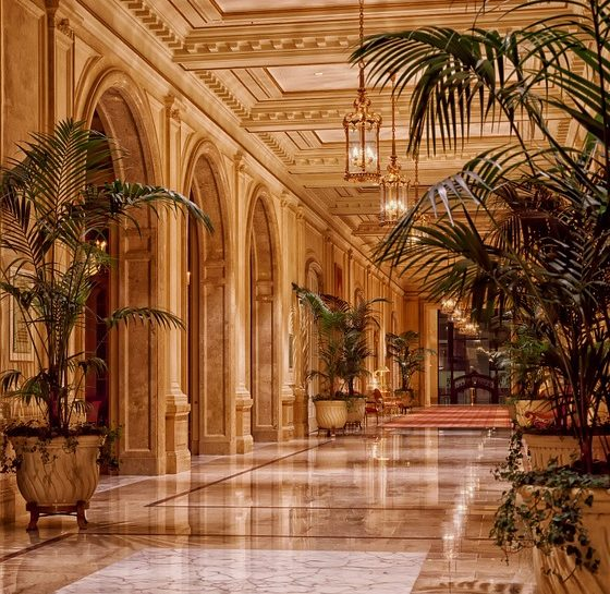 Comment s'appellent les hôtels de luxe en Espagne ?